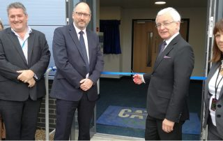 Martin Vickers MP opens new facility at CATCH